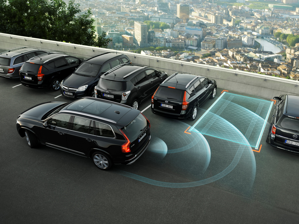 The all-new Volvo XC90 - Park Assist Pilot
